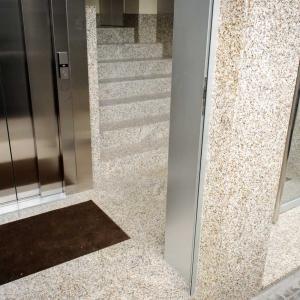 ascensor-portal-coruna-02